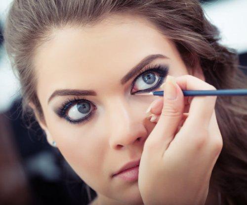 """3 bước """"make up"""" cho đôi mắt 1 mí đẹp hút hồn 2"""