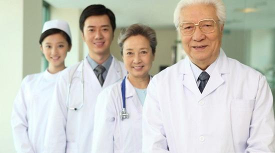 Bác sĩ thẩm mỹ cần đôi tay tài hoa và y đức 1