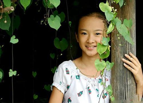 Angela Phương Trinh xinh đẹp hơn nhờ cắt mí 2