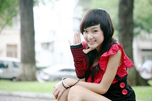 Angela Phương Trinh xinh đẹp hơn nhờ cắt mí 3