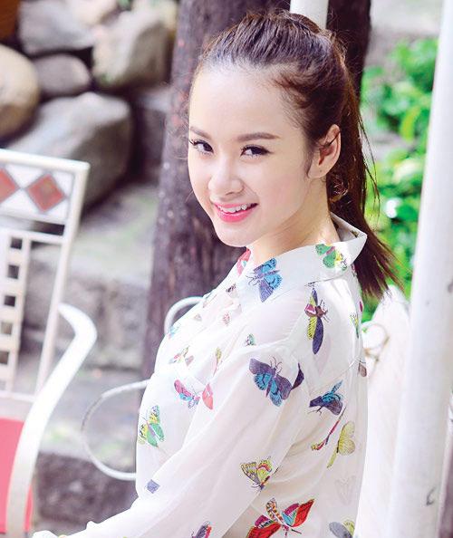 Angela Phương Trinh xinh đẹp hơn nhờ cắt mí 5