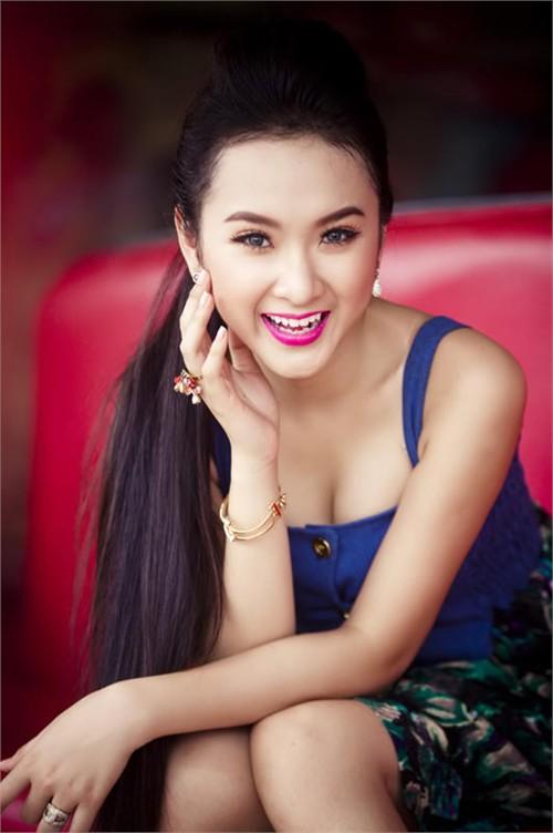 Angela Phương Trinh xinh đẹp hơn nhờ cắt mí 7