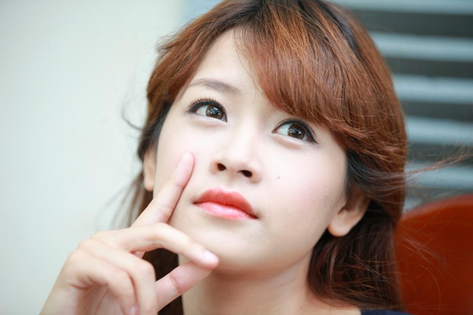 Hotgirl Chi Pu với đôi mắt bồ câu quyến rũ, long lanh