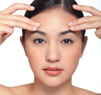 """10 phút mỗi ngày để """"tăng tuổi thọ"""" cho làn da quanh mắt2"""