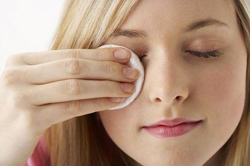 """""""Cưng chiều"""" vùng da quanh mắt lấy lại tuổi thanh xuân2"""