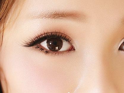 Những quan điểm về đôi mắt đẹp không bao giờ lỗi thời2