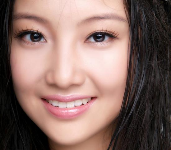 """""""Mẹo"""" make up khắc phục nhược điểm mắt gần nhau dành cho bạn gái1"""