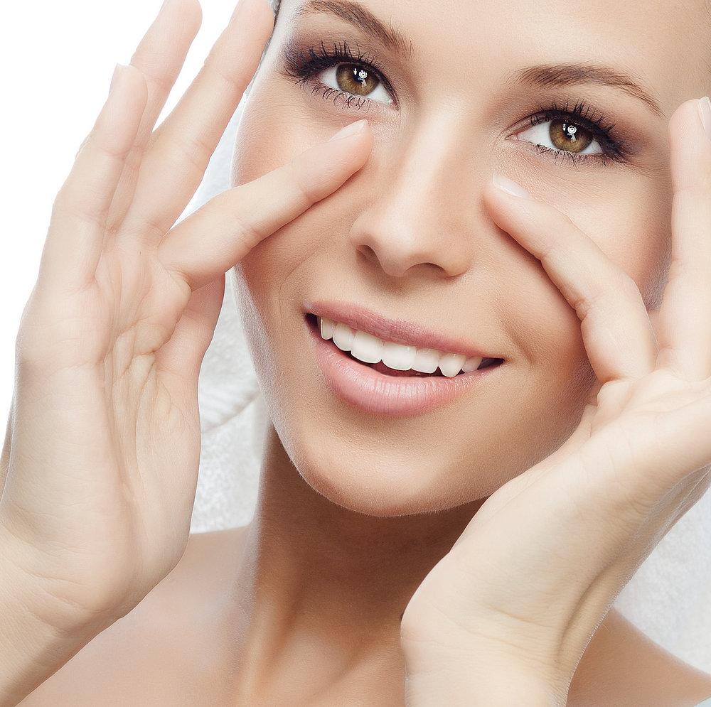 Cách massage đánh tan bọng mắt, bạn đã thử?2