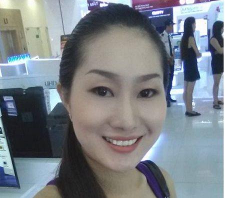 Chị Như Ngọc muốn được các bác sĩ tư vấn về cách làm hết sụp mí mắt hiệu quả nhất