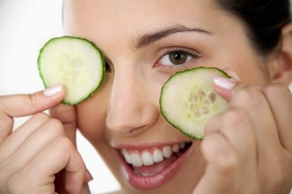 Các phương pháp tự nhiên có giúp chữa bọng mắt hiệu quả không?