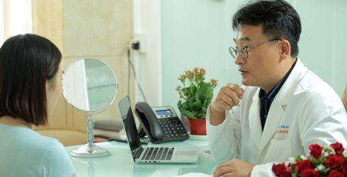 Chuyên gia tư vấn trước mở rộng đuôi mắt tại Kangnam