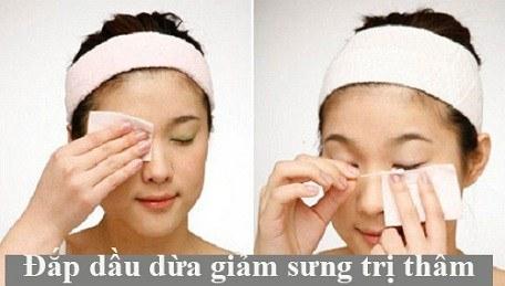 Cách chữa bọng mắt tại nhà bằng dầu dừa